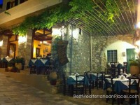 Small restaurants Rethymno are mostly traditional family business