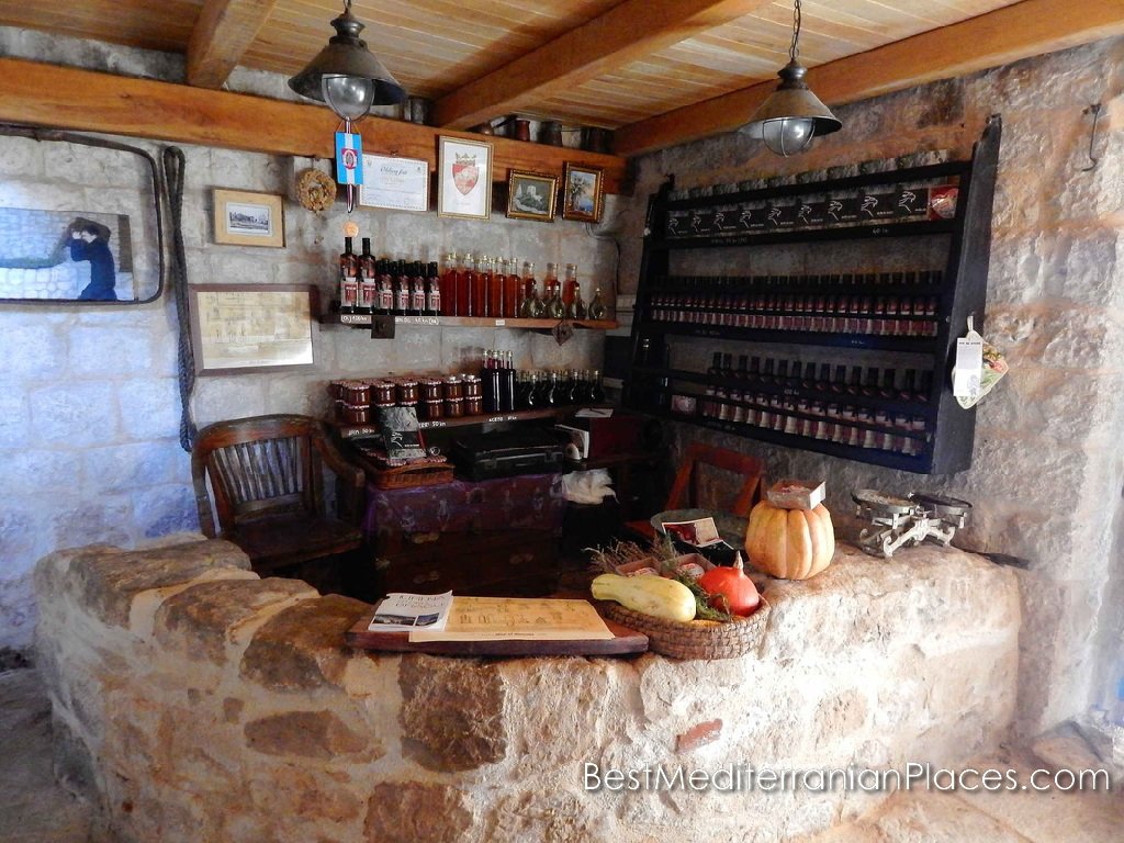 Do you want to buy olive oil produced according to old recipes?