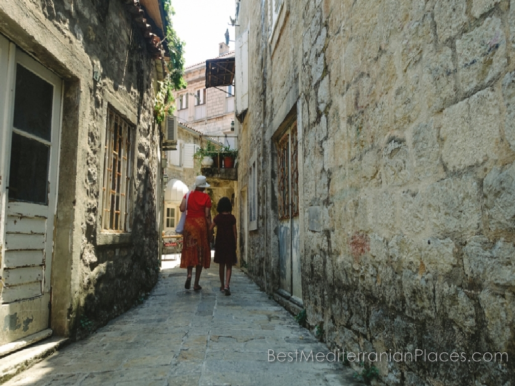 How pleasant and interesting walk through the streets of old Budva