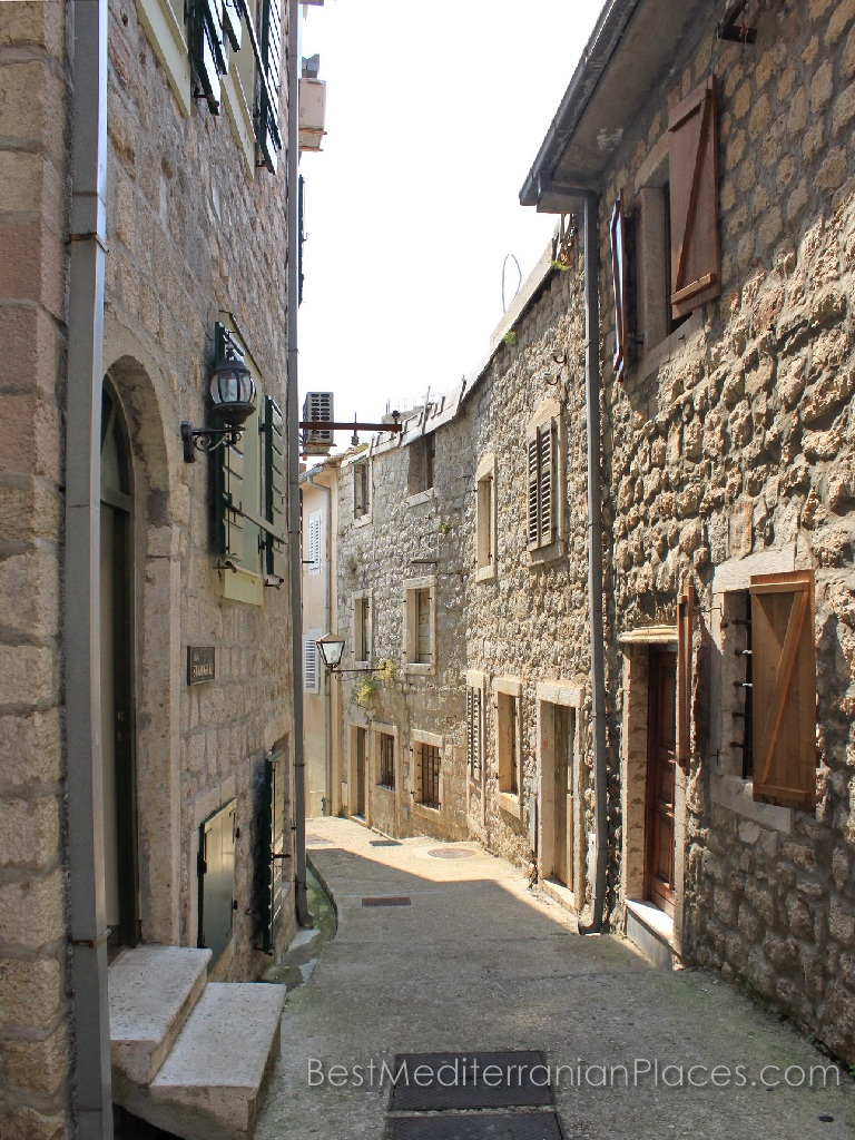 The narrow streets of the old town will remember many things: good and bad