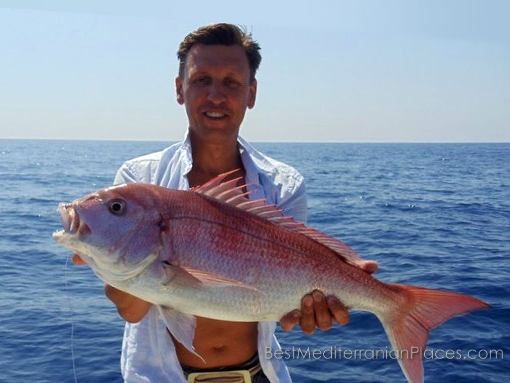 Sea fishing - one of the favorite tourist attractions. Do you want to catch a big fish? Visit Herceg Novi!