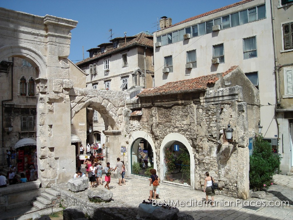 The architecture of the buildings of the old town of Korcula Island