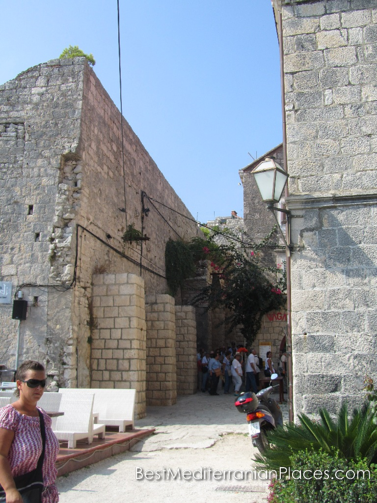 Each wall of the old city keeps the spirit of the centuries