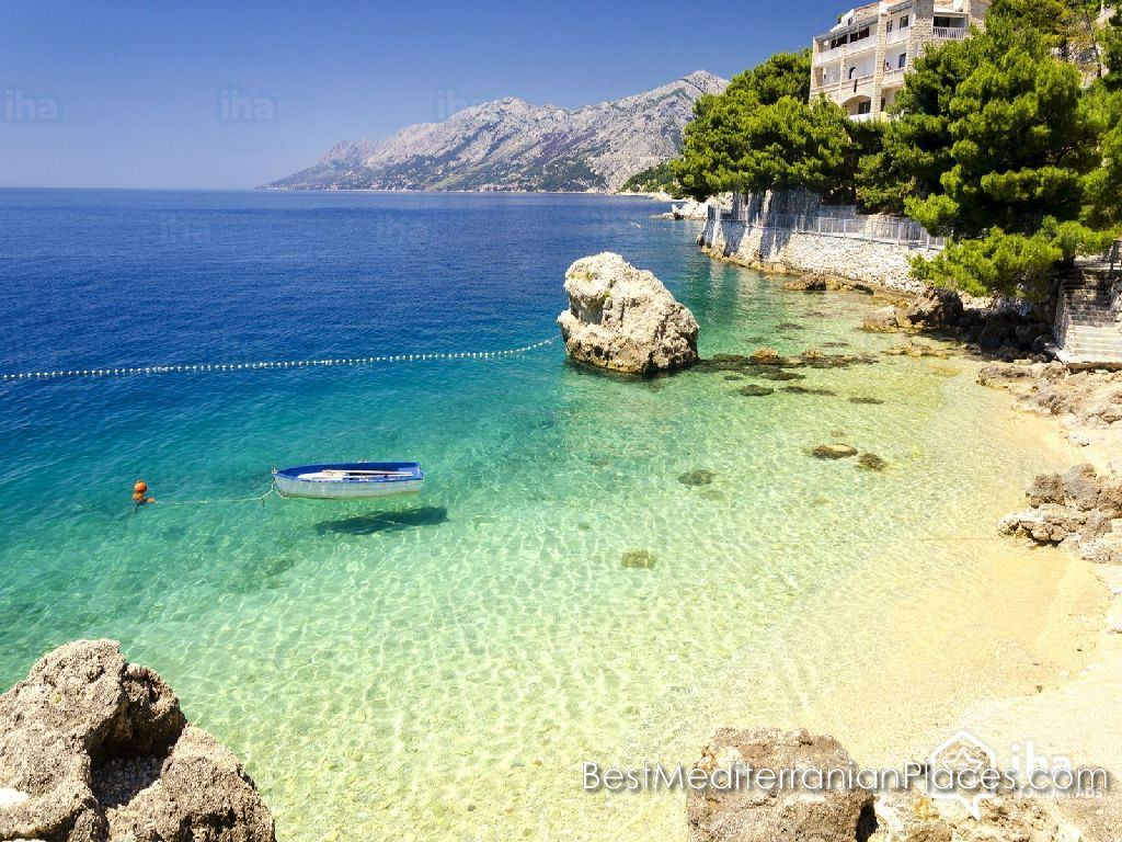 In the gentle embrace of the Makarska Riviera, you will be like in paradise