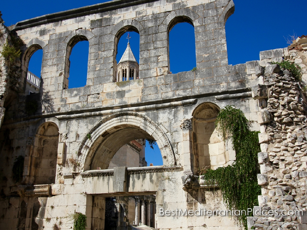 Silver gate - east entrance to Diocletian's Palace