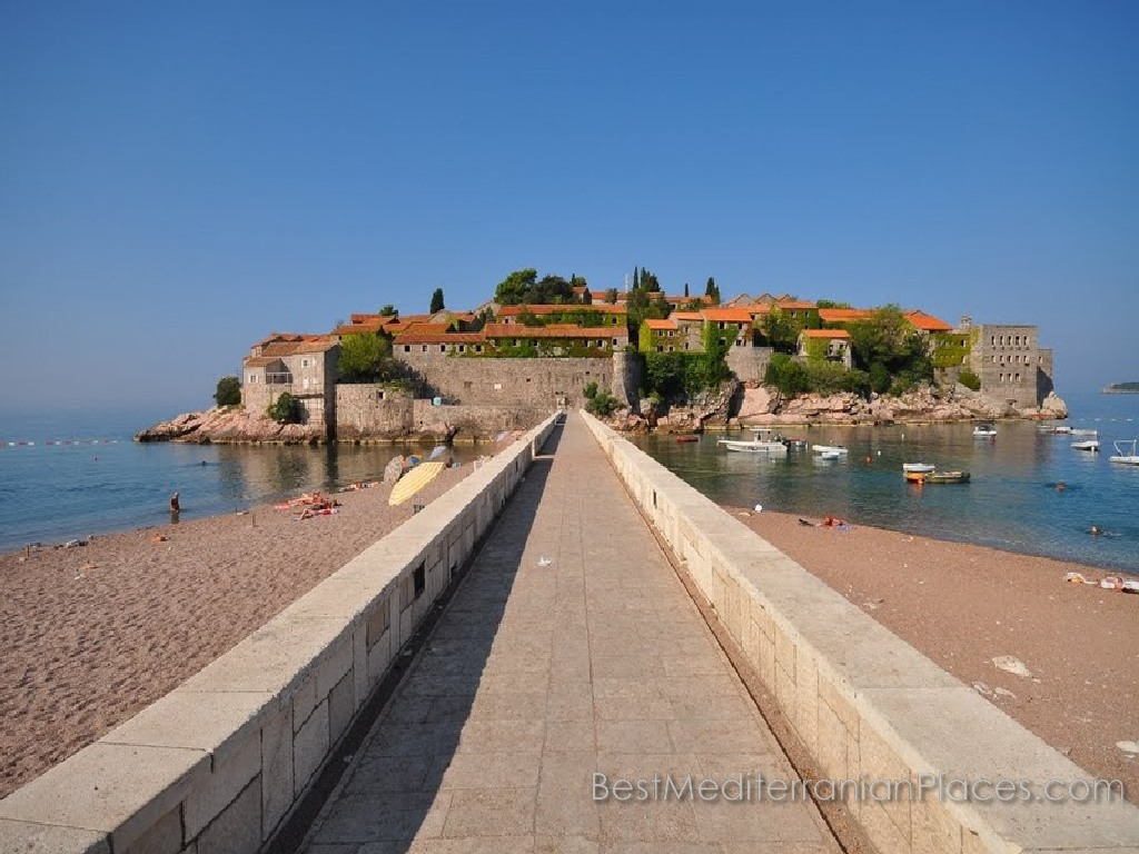 The road to the island of Sveti Stefan, built on the spit of natural origin.