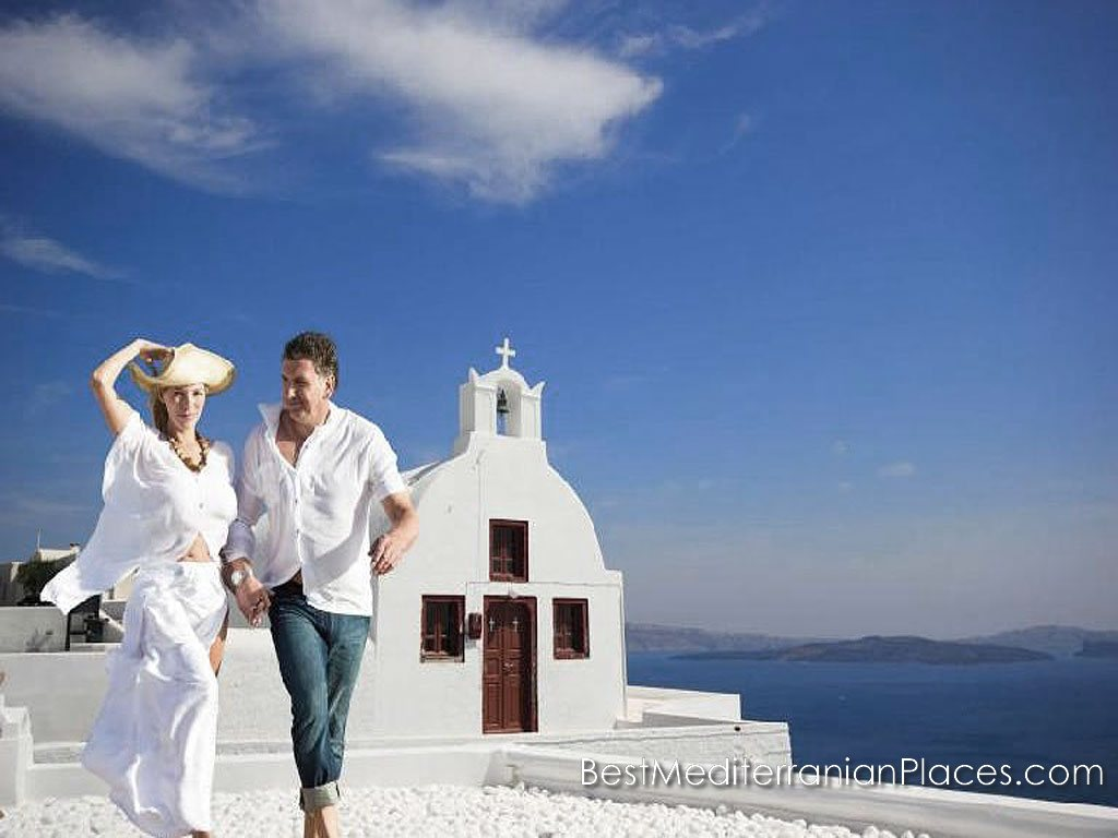 Santorini - a popular place for lovers
