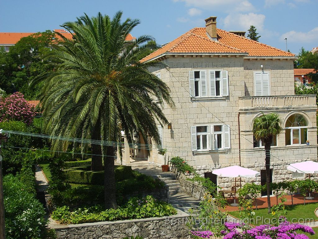 A small hotel on the coast of Lapad, Dubrovnik